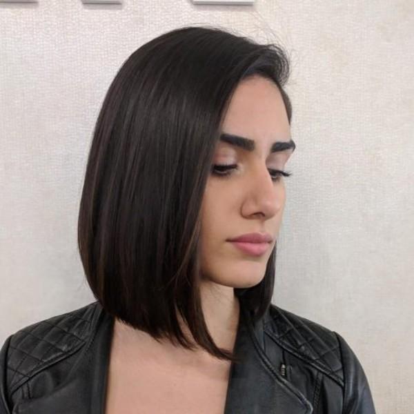 frisuren dünnes haar - braunes Haar bis zu den Schultern