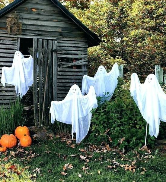 gespenster basteln günstige halloween dekoration aussen