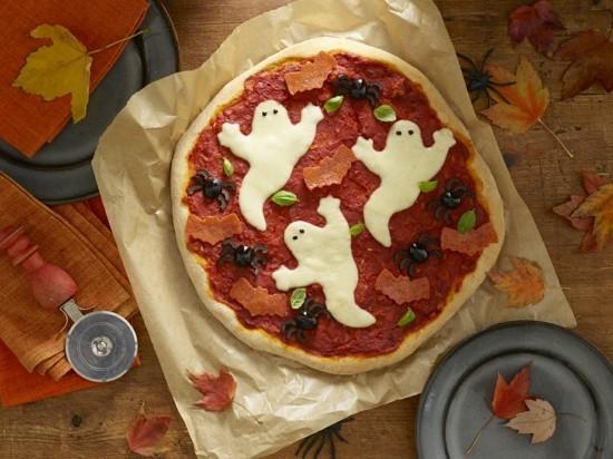 gespenstiger halloween pizza belag ideen