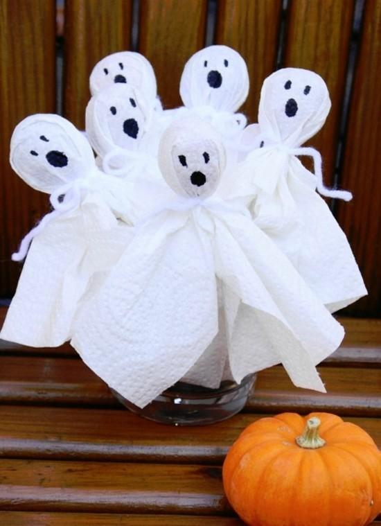halloween diy deko gespenster basteln mit küchenpapier