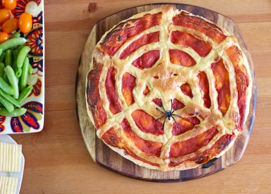 halloween pizza belag ideen spinnennetz