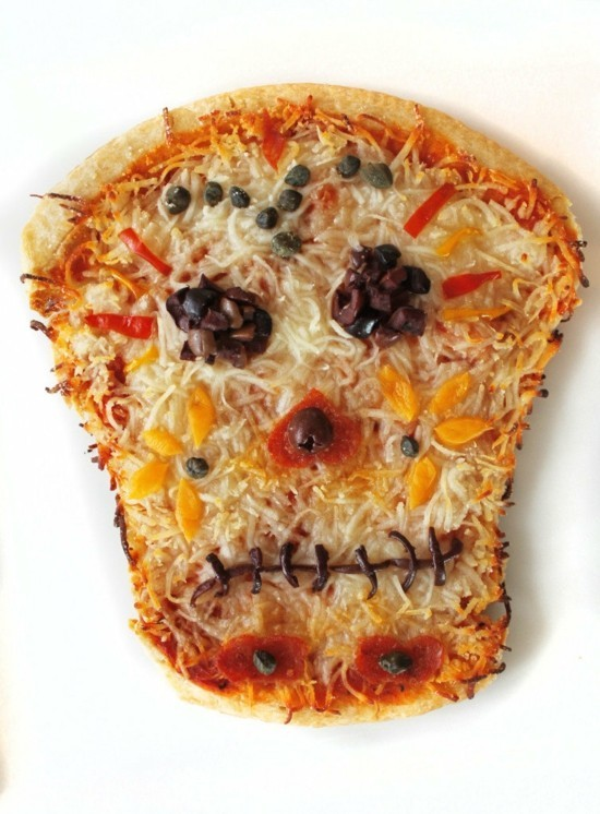 halloween pizza belag ideen totenkopf dia de muertos