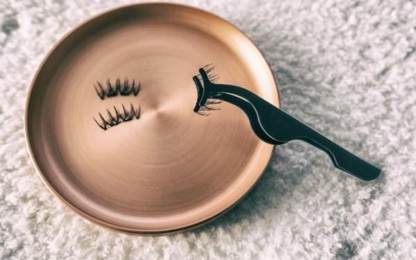 magnetische wimpern anbringen leicht gemacht