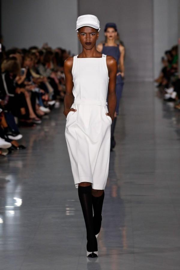 mailand fashion week - weißes kleid - schuhe