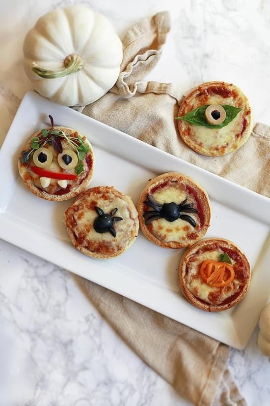 mini halloween pizza belag ideen