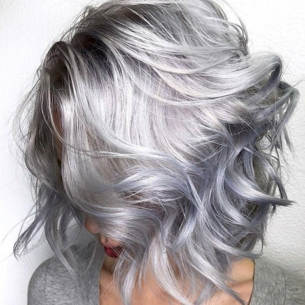 modern hell und warm Haare grau färben