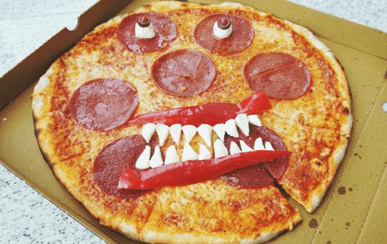salami halloween pizza belag ideen monster