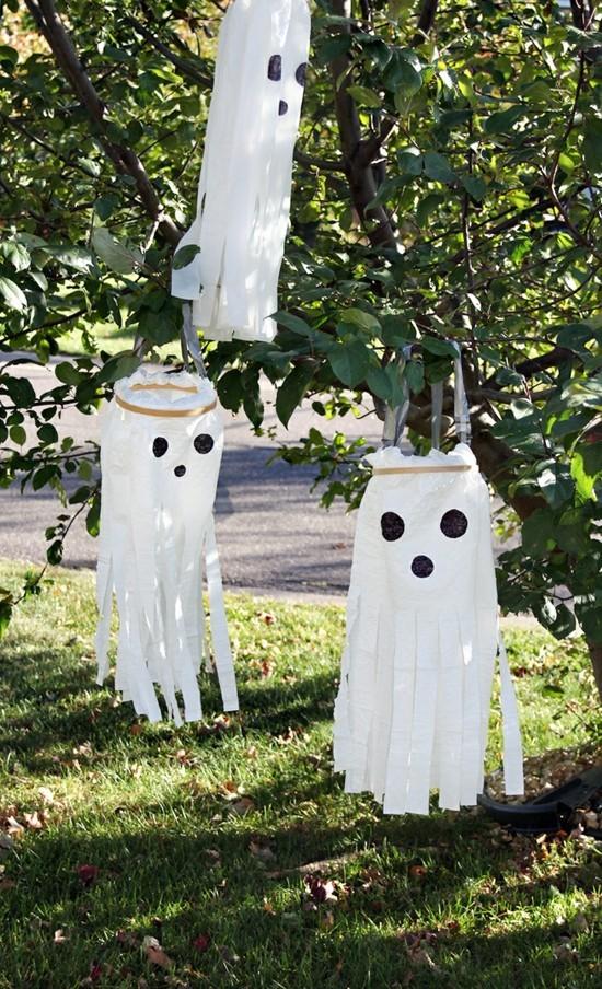 stickrahmen gespenster basteln halloween deko aussen