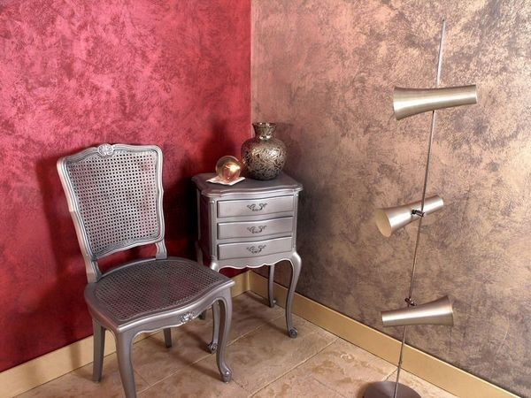 venezianischer putz - Ecke in Rosa und Lila