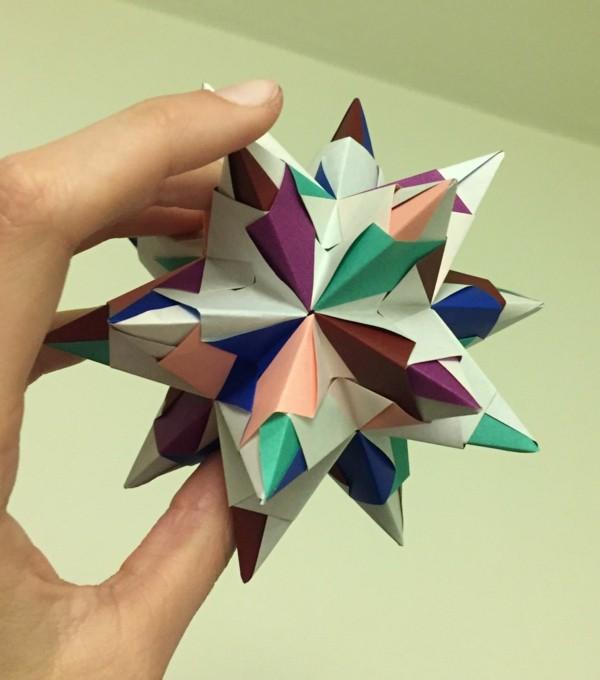 Bascetta Sterne basteln Anleitung kreative Bastelideen aus Papier