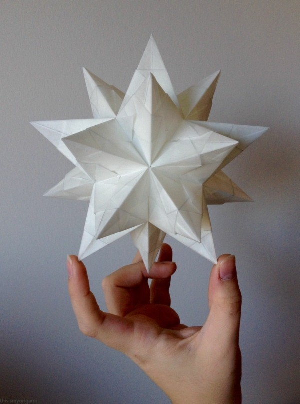 Bascetta Sterne basteln Bascetta Stern Anleitung 3D Papier Stern weiß
