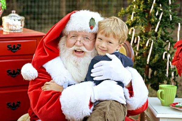 Den Weihnachtsmann anrufen Santa Klaus treffen
