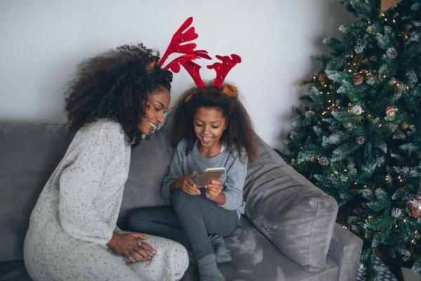Den Weihnachtsmann anrufen Weihnachtsstimmung zu hause