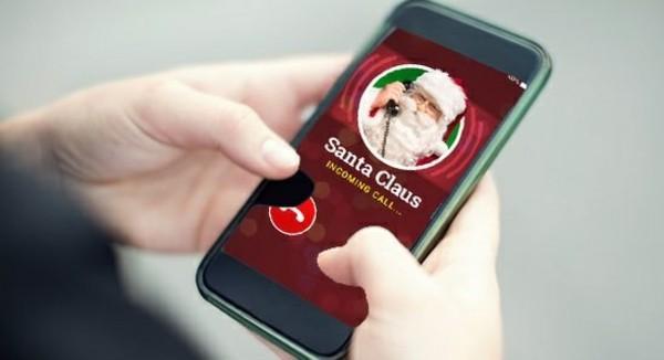 Den Weihnachtsmann anrufen telefonieren mit Santa Klaus