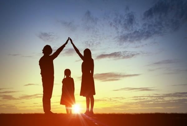 Familienaufstellung Familientherapie an Familienstellen teilnehmen