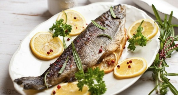 Forelle grillen Rezept gesunde Ernährung Tipps
