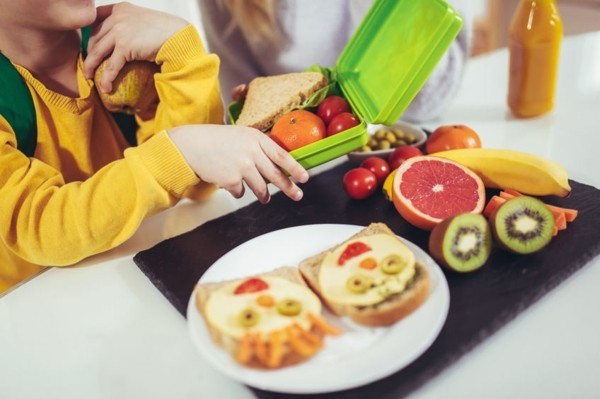 Kindergarten Lunchbox Kinder gesunde Ernährung