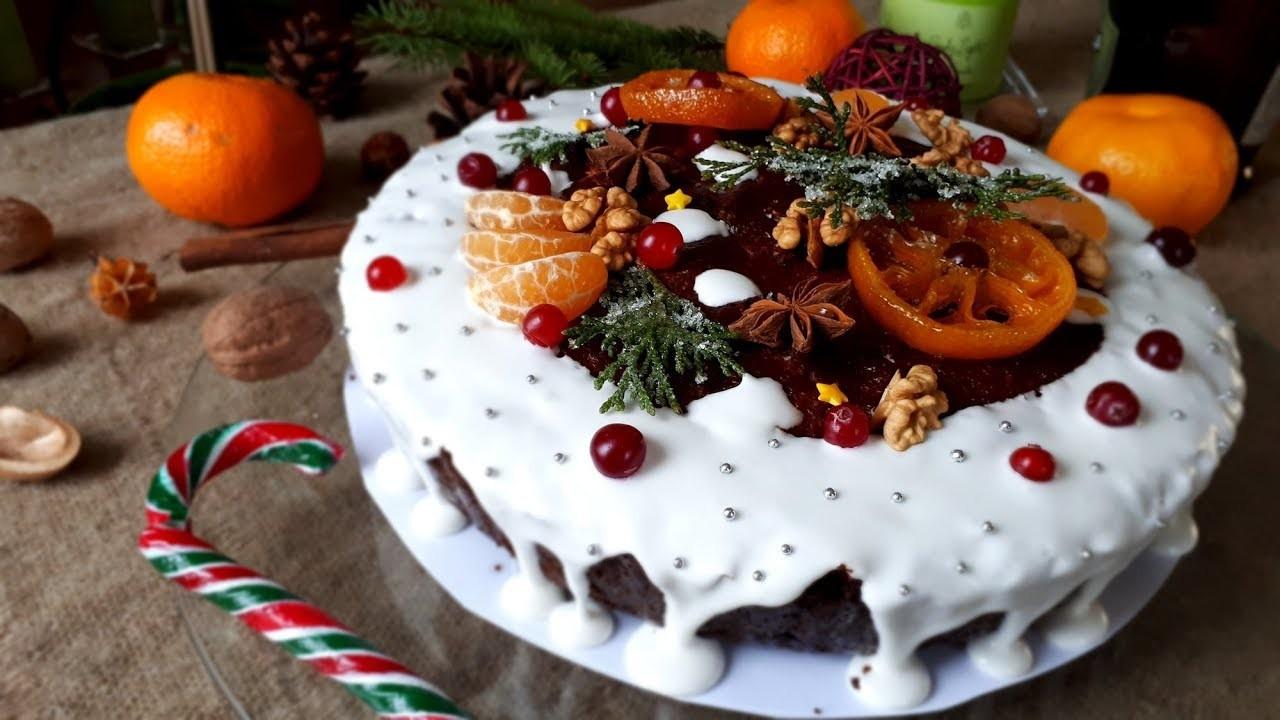 Kuchendeko weihnachten - weiße Sahnetorte