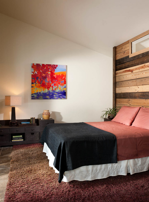 Leere Wand zum Hingucker machen aus Stoff Wandbehang selber basteln
