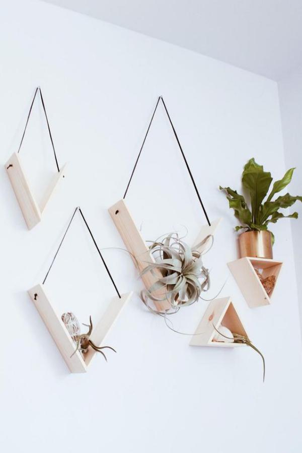 Leere Wand zum Hingucker machen interessante Idee für die Zimmerpflanzen