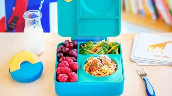 Lunchbox Kinder gesunde Ernährung Fingerfoods Mittagsbox ordnen