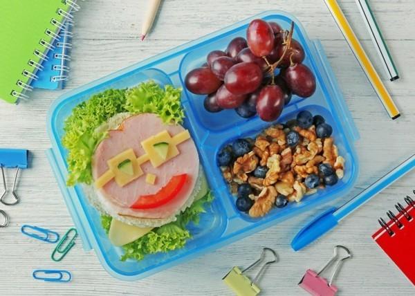 Lunchbox Kinder gesunde Ernährung Sabdwich kreativ gestalten