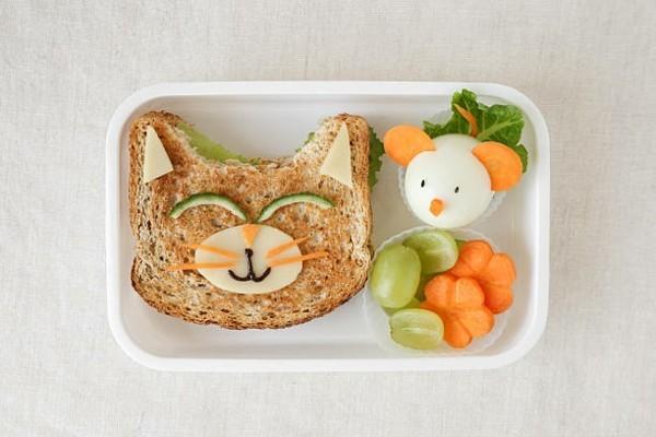 Lunchbox mit Fächern Rezepte Kindergarten Mittagsbox Sandwich Katze und Maus
