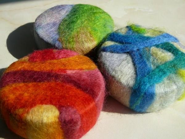 Nassfilzen Filzen Basteln mit Kindern Filzwolle formen