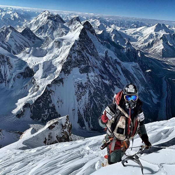 Neuer Weltrekord Nirmal Purja erklimmt alle Achttausender in nur 6 Monaten! extrem gebirge erklimmen