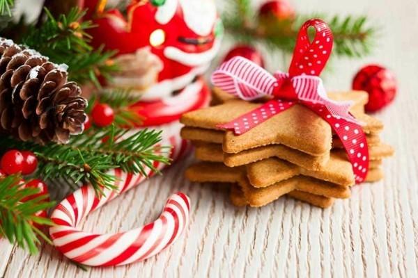 Weihnachtsparty veranstalten Spiele Aktivitäten Weihnachtskekse