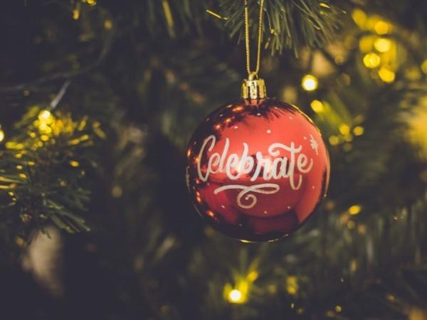 Weihnachtsparty veranstalten Weihnachtsfeier Spiele Aktivitäten