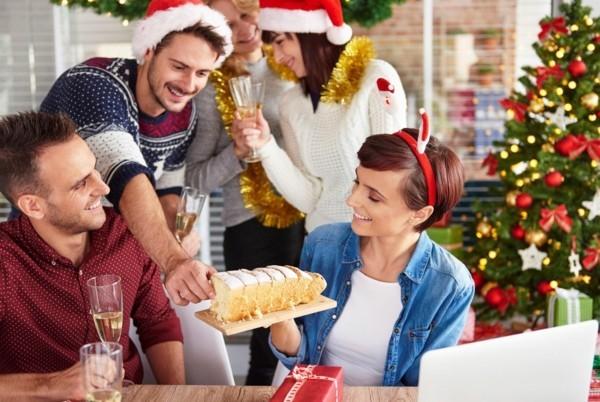 Weihnachtsparty veranstalten Weihnachtsfeier Weihnachtssüßigkeiten
