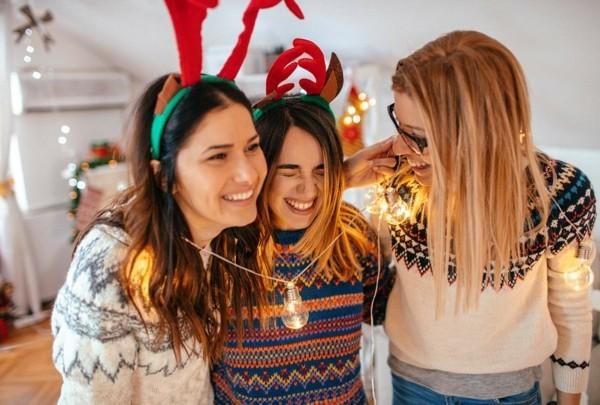 Weihnachtsparty veranstalten Weihnachtsfeier weihnachtliche Aktivitäten