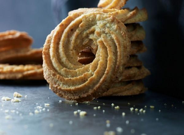 Weihnachtssüßigkeiten Vaniljekrans dänische Butterkekse Rezept