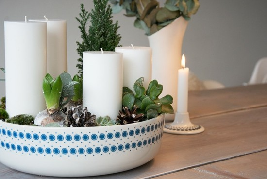 adventskranz dekorieren naturmaterialien zapfen sukkulenten