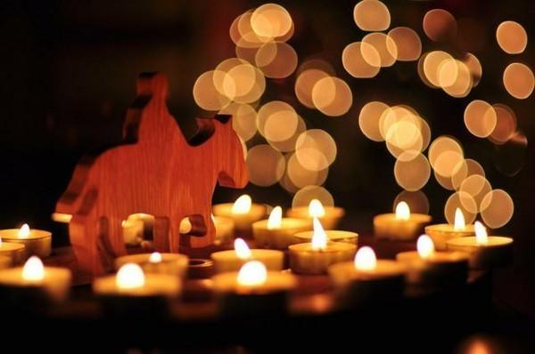 diy adventsspirale mit teelichtern