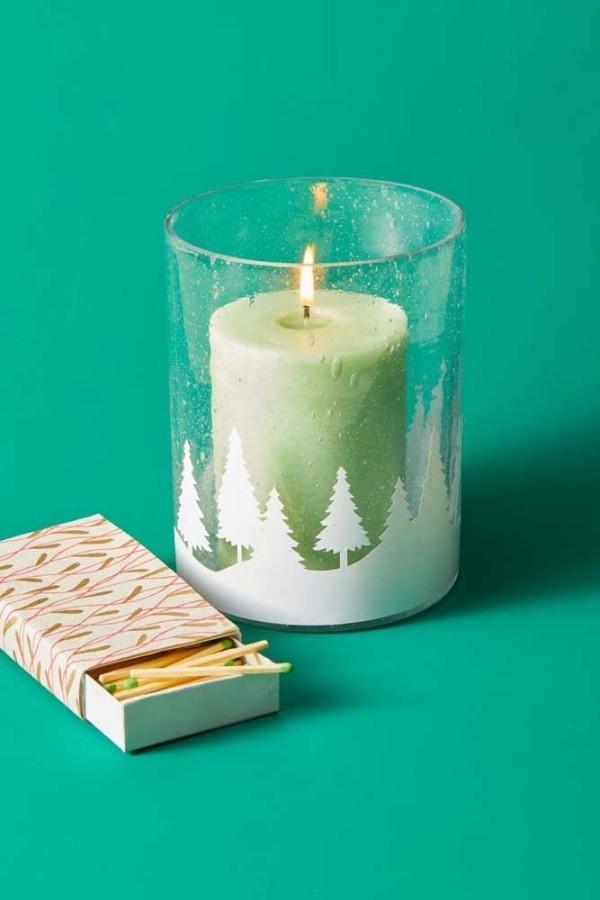 hellgrüne decke für den tisch kerzen weihnachten