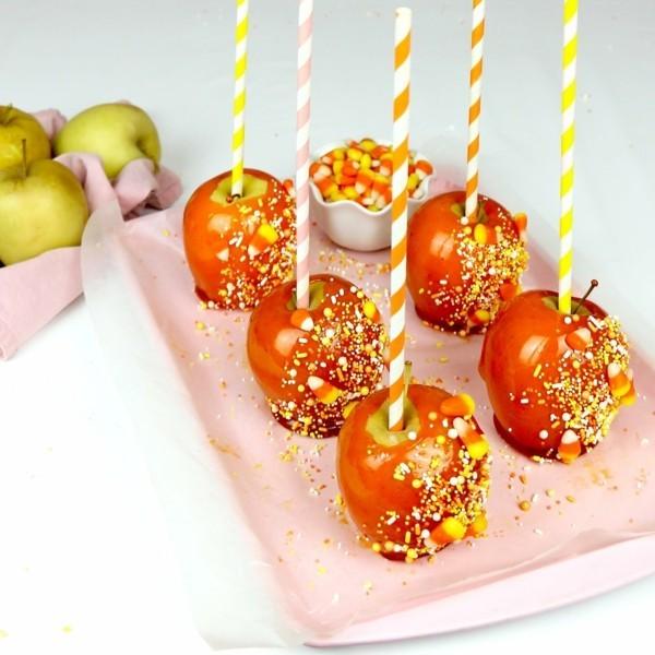 kandierte Äpfel selber machen Rezept Weihnachtssüßigkeiten grüne Äpfel