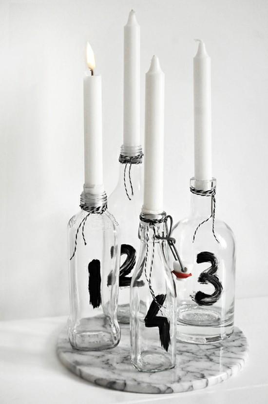 minimalistischen adventskranz dekorieren mit glasflaschen