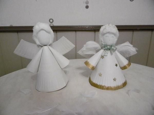 süßen engel zu weihnachten basteln mit papptellern