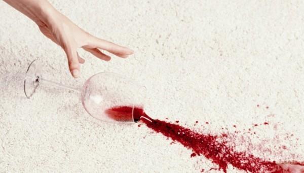 tischdecke mit rotwein rotweinflecken entfernen