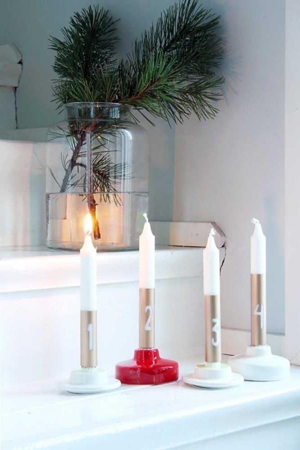 weihnachten kerzen abstellen im regal