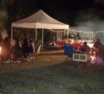 Eine Weihnachtsfeier im Festzelt organisieren
