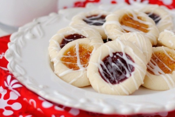 Engelsaugen Plätzchen backen Rezept Weihnachtszeit