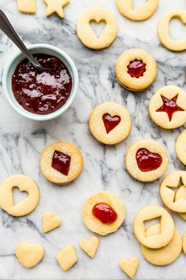 Engelsaugen Plätzchen mit Marmalade zubereiten Weihnachtsgebäck