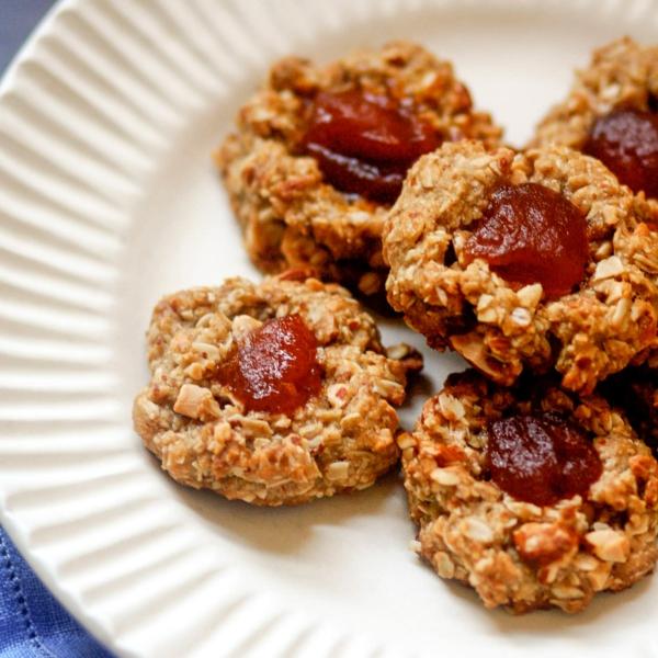 Engelsaugen Rezept Marmalade Plätzchen backen Weihnachtszeit