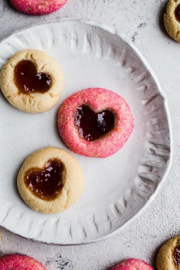 Engelsaugen mit Marmalade Plätzchen backen Herzen Weihnachtszeit