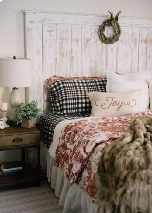 Gemütliches Schlafzimmer im Winter gestalten rustikales Ambiente viel Wärme ausstrahlend