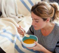 Hühnersuppe bei Erkältung: So wird das natürliche Heilmittel zubereitet