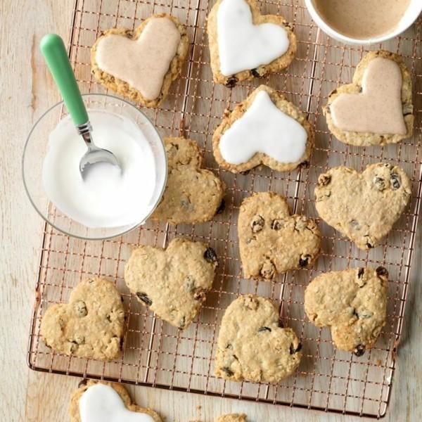 Haferflockenplätzchen Rezept gesunde Ernährung Herzen mit Glasur